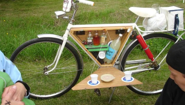 DIY bike bar for bike picnic
