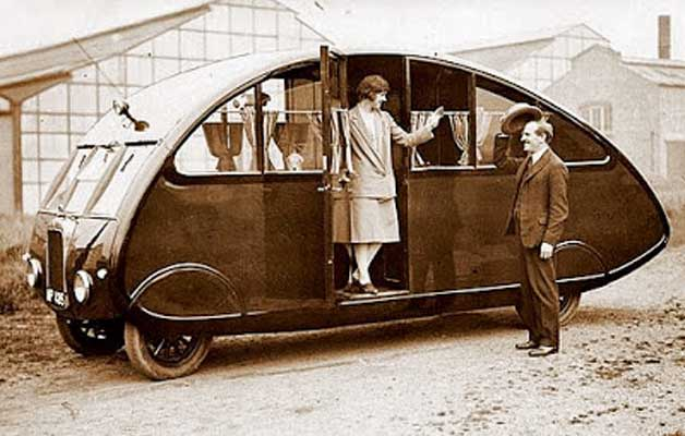 tiny-motorhomes-from-the-early-1900's-freedom-camping-way-back-when-world's-oldest-tiny-homes-on-wheels-the-flying-tortoise-002
