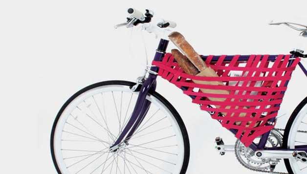 Bike frame with flexible storage (elastic)