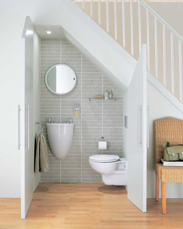 4 cool under staircase toilets and bathrooms Bathroom designs with separate tub and shower