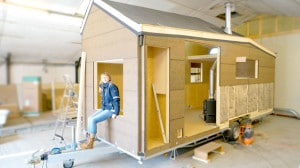 Building a tiny house yourself DIY style