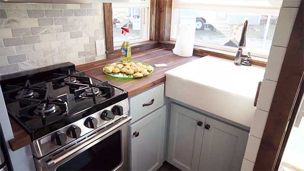 Tiny House Appliances >> Choosing Kitchen Appliances For Tiny Houses Complete Guide
