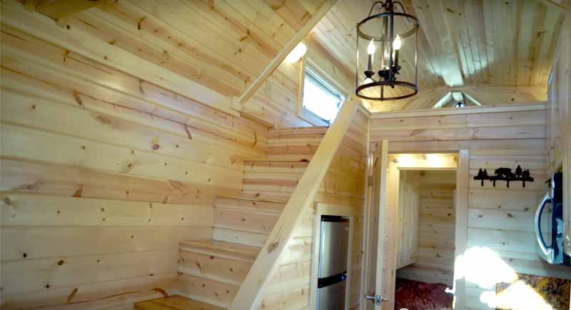 Bears tiny homes wooden ceiling
