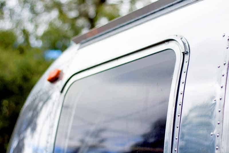 Airstream window rubber detail