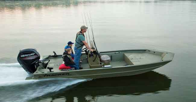 5 Small Affordable Boats With Steering Wheels With Pictures Godownsize Com